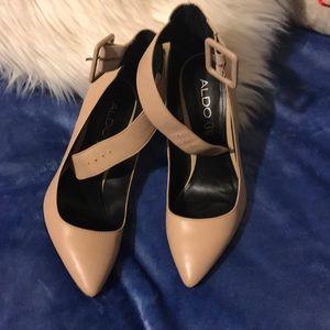 Aldo heels size 6.5 US